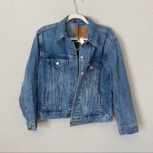 Levi's ex boyfriend denim jacket small